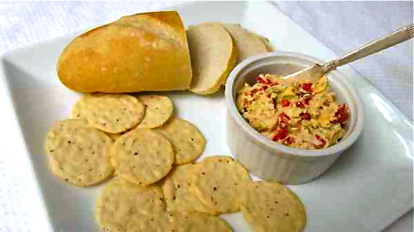 2-Cheese-Spread-with-Roasted-Pepper-IMG_2912