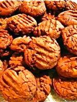 Chunky Peanut Butter Chocolate Chip Sandies